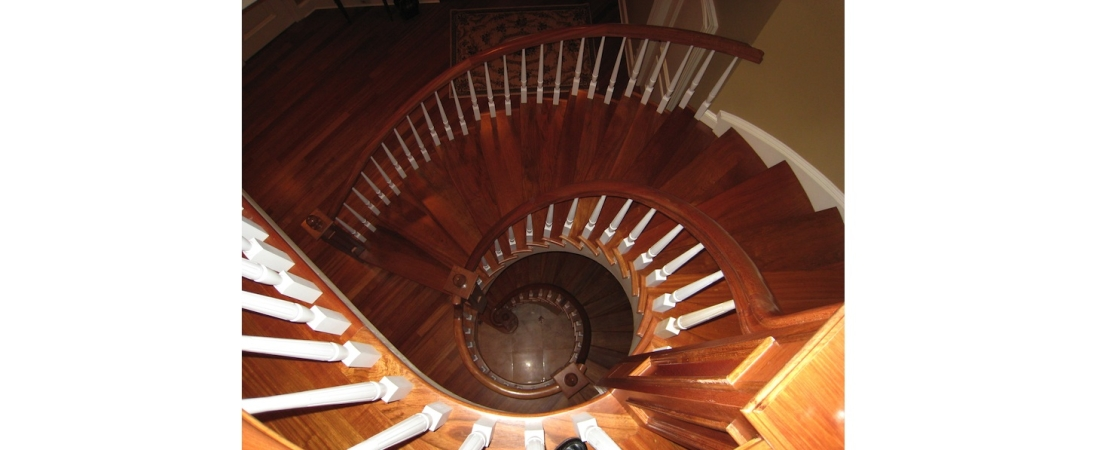 new-york-interior-designer_Contemporary-Staircase-1100x450.jpg